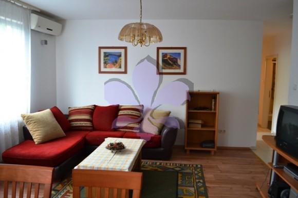 Debrecen, Szent Anna utca - Sunny, 4 bedrooms flat is for rent in the city Centre